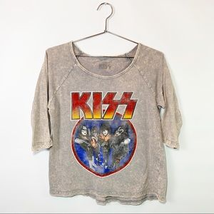 Kiss graphic band tour distressed cropped tee